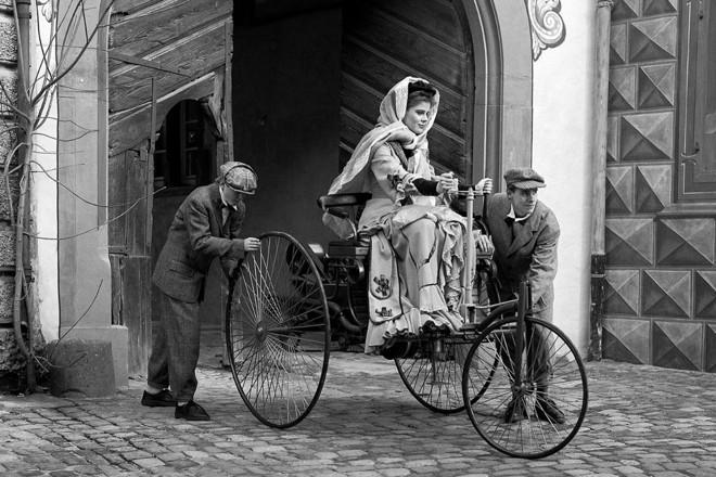 O primeiro carro do mundo e a mulher por trás dele!